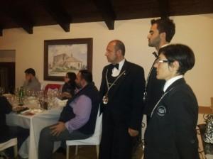 Luciana Squadrilli e Simone Della Porta con i sommelier AIS Cilento
