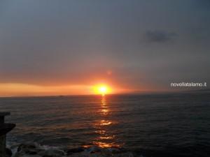 Penisola Sorrentina, tramonto visto dal mare