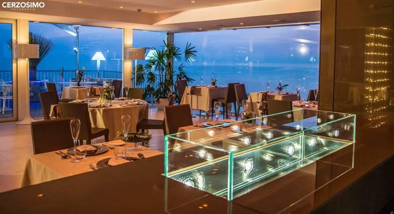 Hotel Salerno Con Vista Mare