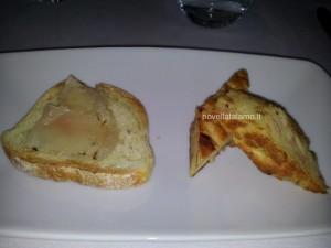 Nonna Giulia, bruschetta con lardo e pizza di pane povero con uova e prosciutto