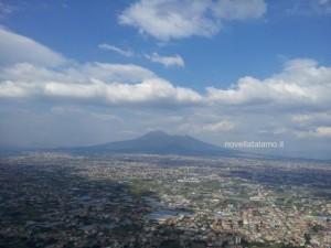 Nonna Giulia, la vista del Vesuvio dalla sala
