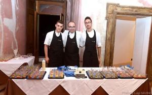 Antonio Petrone (al centro)