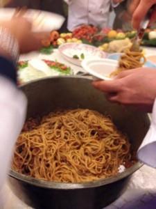 """Il Natale Campano in Tavola, lo spaghettone """"'o sicchio' ra' monnezza"""""""