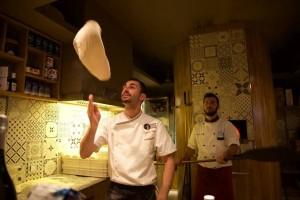 Amici per la pizza, Vincenzo Paolo Capasso all'opera