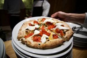 Amici per la pizza, la pizza Vesuvio