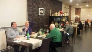 Due Amici, Quattro Mani, Una Cucina, gli ospiti in sala