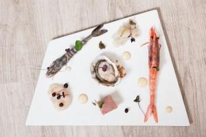 Casa Rispoli, crudite' – gambero blu, gambero rosso, tonno, baccala', capesanta e ostrica