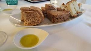Antica Osteria Marconi, pane e olio