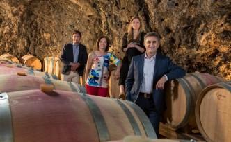 Marisa Cuomo con il marito Andrea Ferraioli e i loro figli