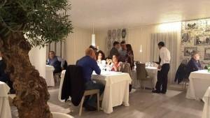 Cena a 4 mani con Tommaso Morone e Michele de Martino, gli ospiti in sala
