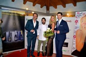 Serata Franciacorta. Lo chef Cristian Torsiello con Beppe Convertini, Valeria Marini e Gianluca Prandelli, titolare de La Scuderia di Erbusco