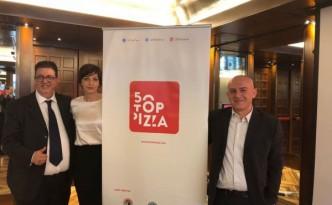 50 Top Pizza, da sinistra Luciano Pignataro, Barbara Guerra e Albert Sapere