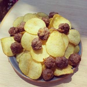 Da Salvatore, chips e polpettine